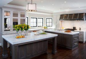 Transitionnal Kitchen - Custom Kitchen Cabinets Company